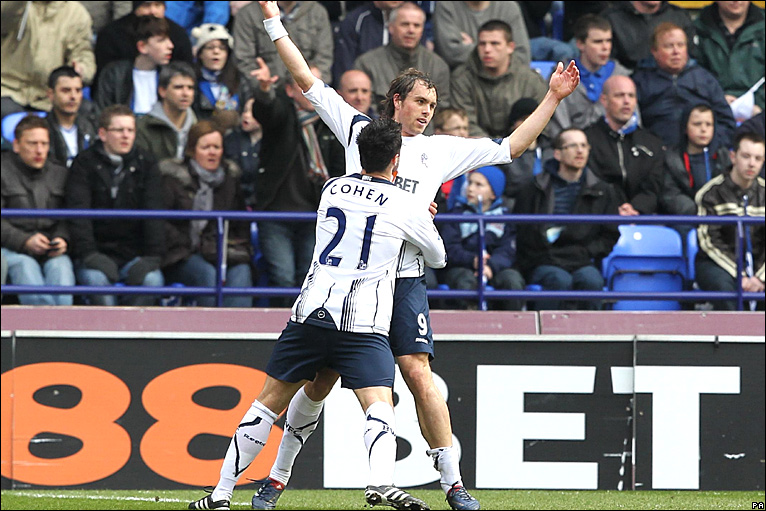 BBC Sport - Football - Saturday's football photos