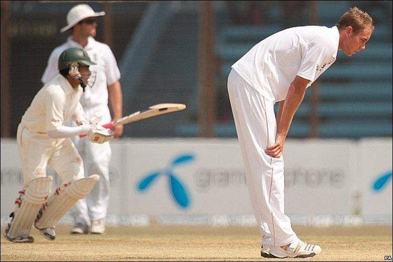BBC Sport - Cricket - Bangladesh v England photos