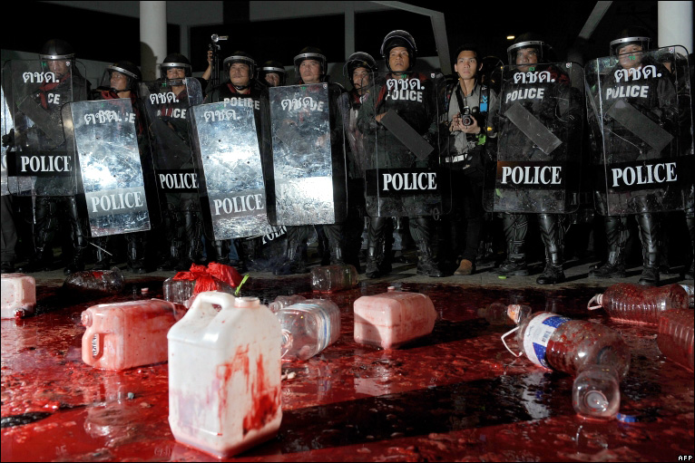 Bbc news in pictures bangkok bloody protests