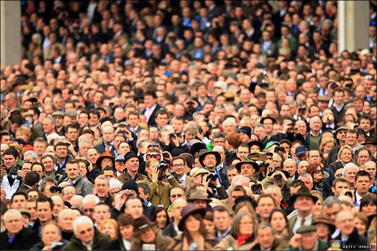 Trade Stands Cheltenham Festival : Bbc sport horse racing cheltenham day four photos