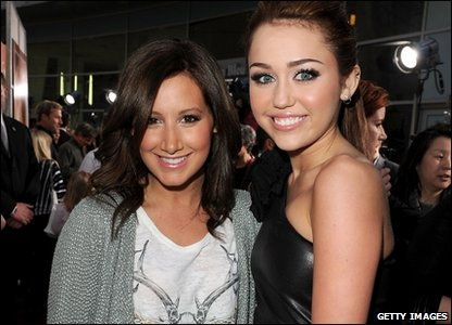 Miley with Ashley Tisdale