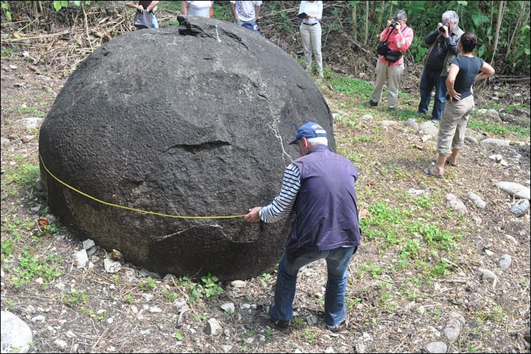 Bbc News The Stone Spheres Of Costa Rica