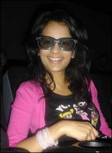 Sonali in 3D glasses