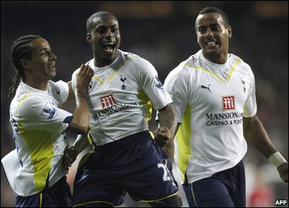 Danny Rose celebrates scoring his wonder goal