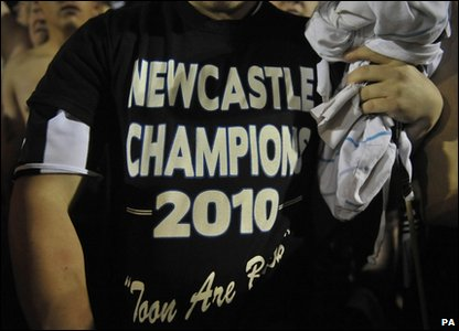 Fans celebrate Newcastle's promotion