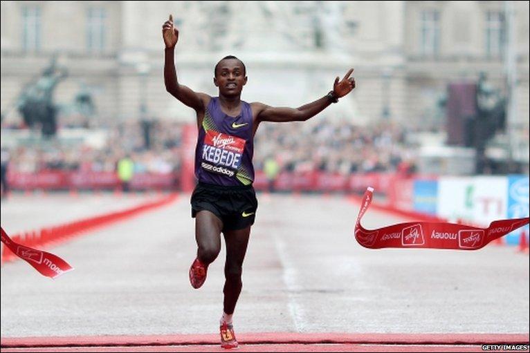 Лидер World Marathon Major Цегай Кебеде нацелен на победу