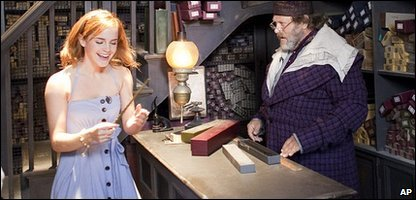 Emma Watson gets her wand at Olivanders