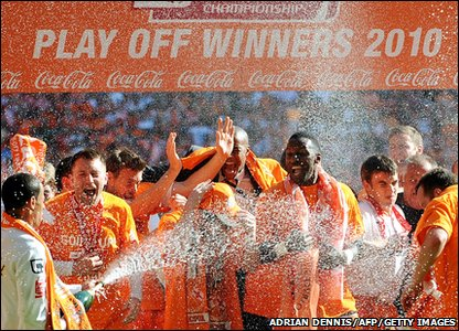 Blackpool celebrate winning place in the Premier League