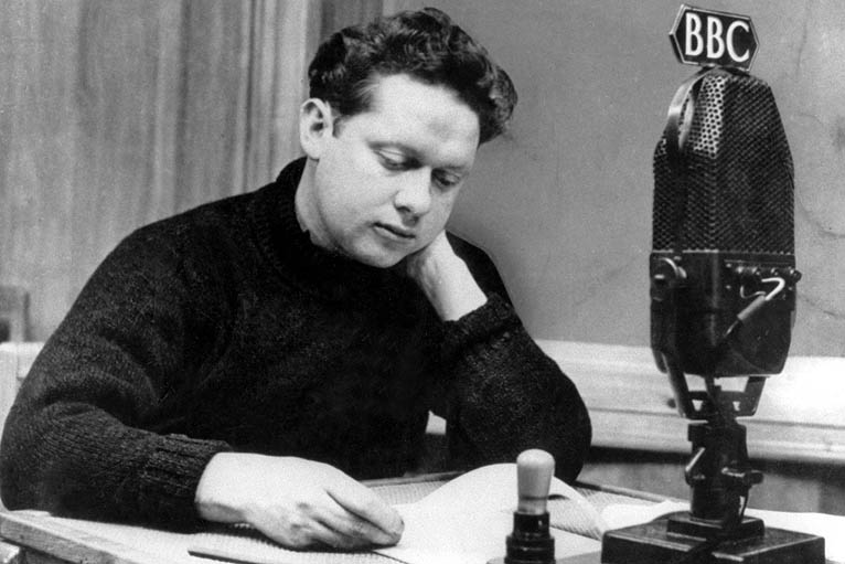 a look at dylan thomas final trip to america An ugly lovely town part 2 – the dylan thomas birthplace in we moved upstairs to look at dylan's blog with tips on how to build a successful travel blog.