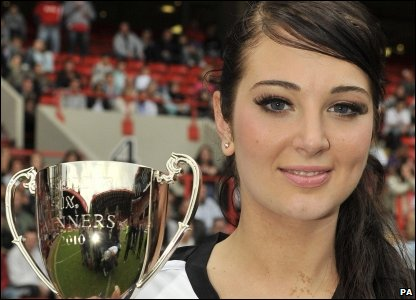 Tulisa from N-Dubz took her team to victory in the Soccer Six celebrity football tournament over the weekend.