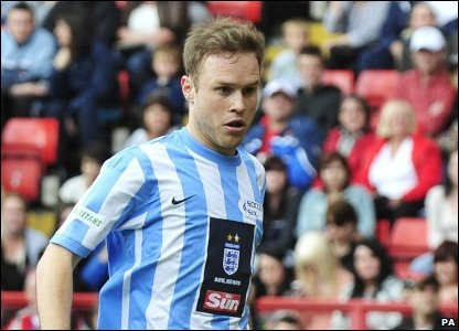 X Factor runner up Olly Murs concentrated hard for his team, but didn't manage to win the cup.
