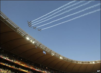 Planes fly over Soccer City