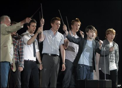 Harry Potter cast wave their wands