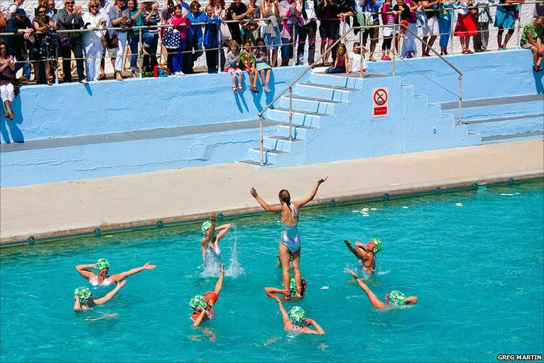 Bbc Synchronised Swimmers 39 The Jubilees 39