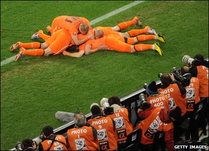 Dutch players celebrate
