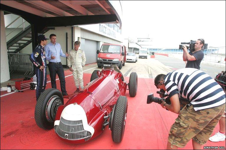 Bbc Sport F1 Vintage Alfa Takes On Red Bull