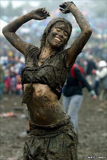 mud girl Glastonbury