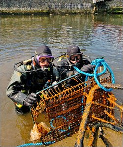 Shopping trolley found by Neptune's Army of Rubbish Cleaners