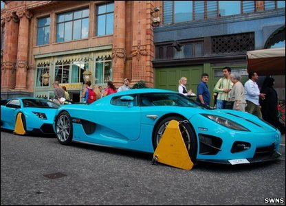 The Koenigsegg CCXR and Lamborghini Murcielago were both clamped outside Harrods