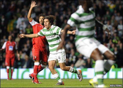 Celtic's Efrain Jurarez celebrates his goal