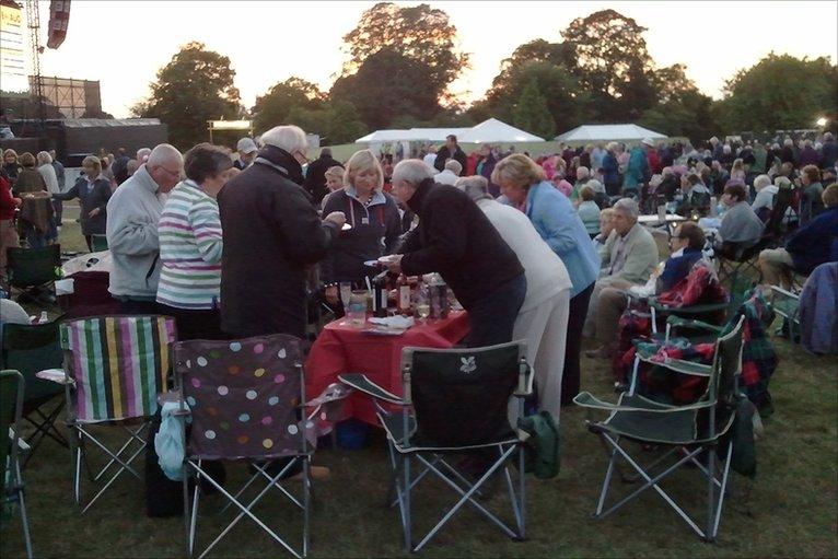 glastonbury abbey extravaganza 2016 photo