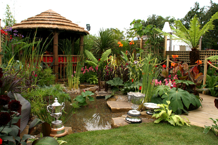 Bbc in pictures southport flower show for Bbc garden designs
