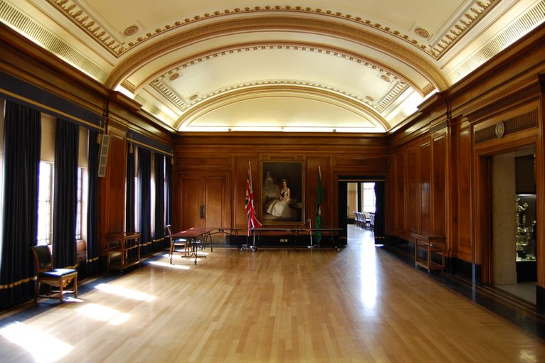 Bbc In Pictures Nottingham Council House