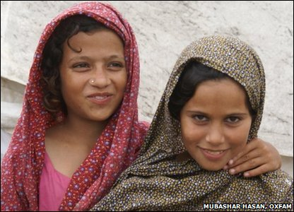 Two kids in Pakistan, Nazia and Uzma