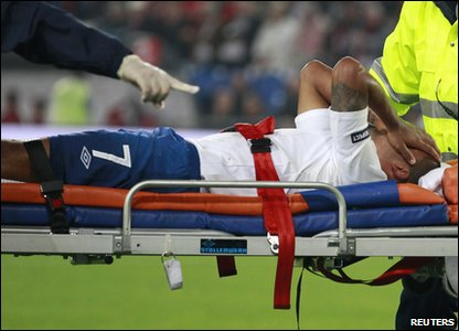England v Switzerland Euro 2012 qualifier - Theo Walcott stretchered off