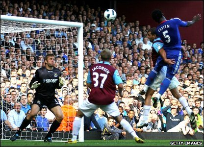Michael Essien scores for Chelsea to help the Blues beat West Ham 3-1.