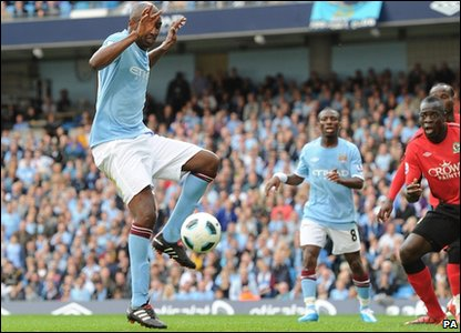 Manchester City's Patrick Vieira scores the equaliser in their 1-1 draw against Blackburn.