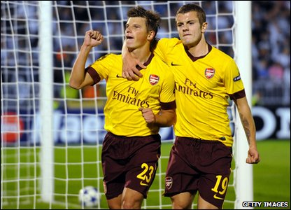 Champions League - Arsenal's Andrey Arshavin celebrates goal