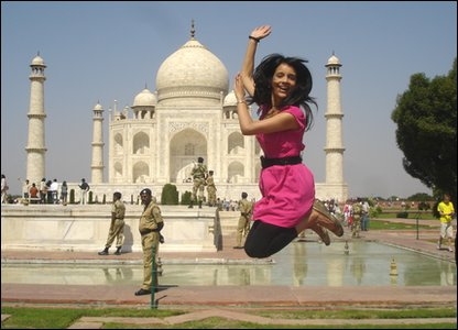 Sonali jumps for joy at the Taj Mahal