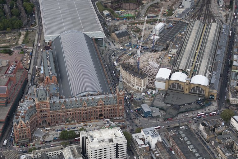 Bbc In Pictures Bird S Eye View Of London Railway Stations