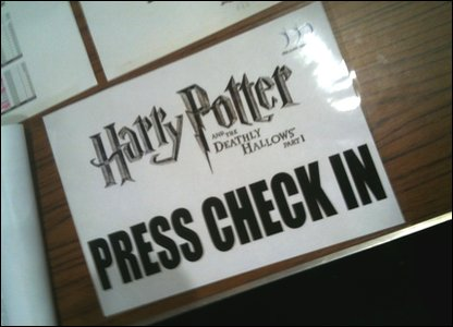 Harry Potter and the Deathly Hallows Part 1 premiere - press check in sign