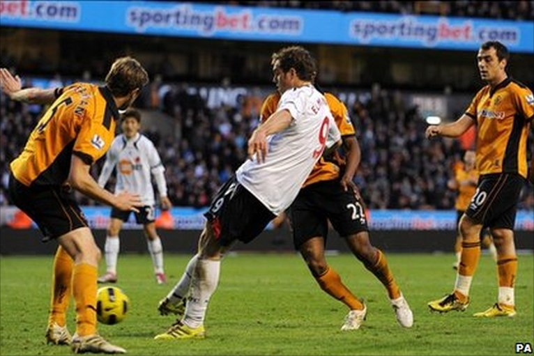 BBC - In pictures: WBA & Wolves both taste defeat