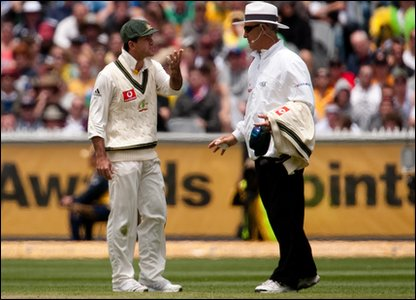 Ponting continued his argument with umpire Hill. The row got him into trouble and he's now been fined 40% of his match fee.