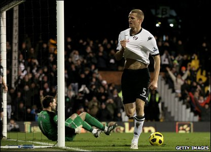 Fulham v West Brom - Brede Hangeland celebrates after scoring the third goal for Fulham