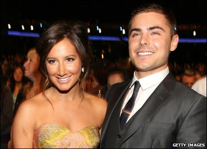 People's Choice Awards 2011 - Ashley Tisdale and Zac Efron