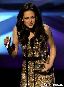 People's Choice Awards 2011 - Kristen Stewart