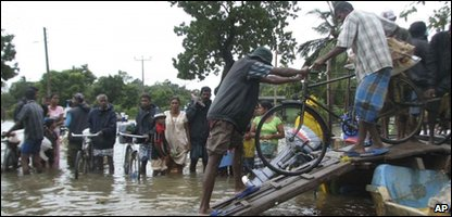 Flood victims in Sri Lanka