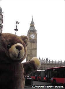 Teddy bear infront of Big Ben.