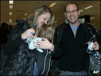 US holidaymakers leave Cairo