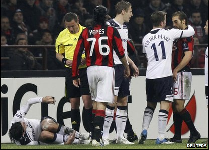 AC Milan's Flamini was lucky not to be sent off after a two-footed challenge on Tottenham defender Vedran Corluka.