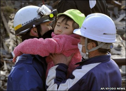Little girl is rescued in Kesennuma