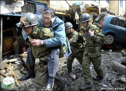 Old man rescued in Kesennuma City