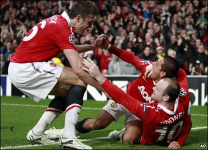 Javier Hernandez put the Reds ahead just before half-time, slotting home a Ryan Giggs cross.