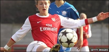 Chelsea player Ellen White in her former team Arsenal's colours