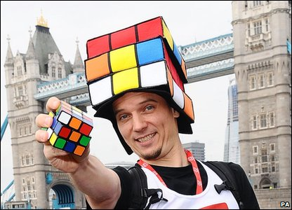 Uli Kilian broke the record for the most Rubik's cubes solved whilst running a marathon.