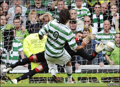 Rangers 0-0 Celtic - Rangers goalie Allan McGregor saves Celtic's Georgios Samaras' penalty
